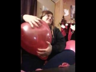 Princess Sandie - Balloon pop