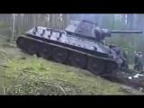 Как вытаскивают танки из болот