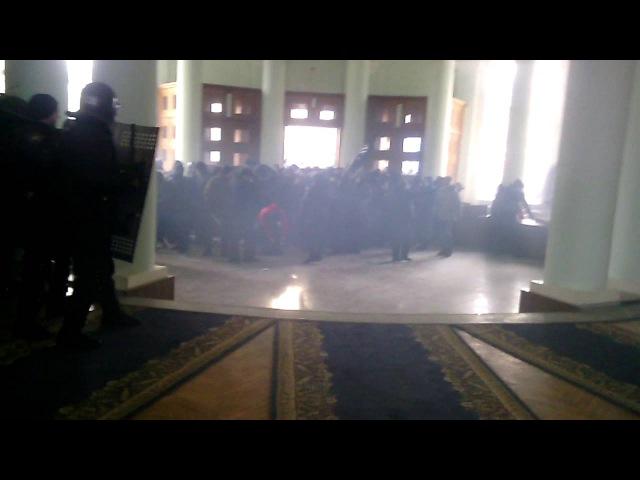 Мітингувальники захопили Вінницьку ОДА 25 січня 2014