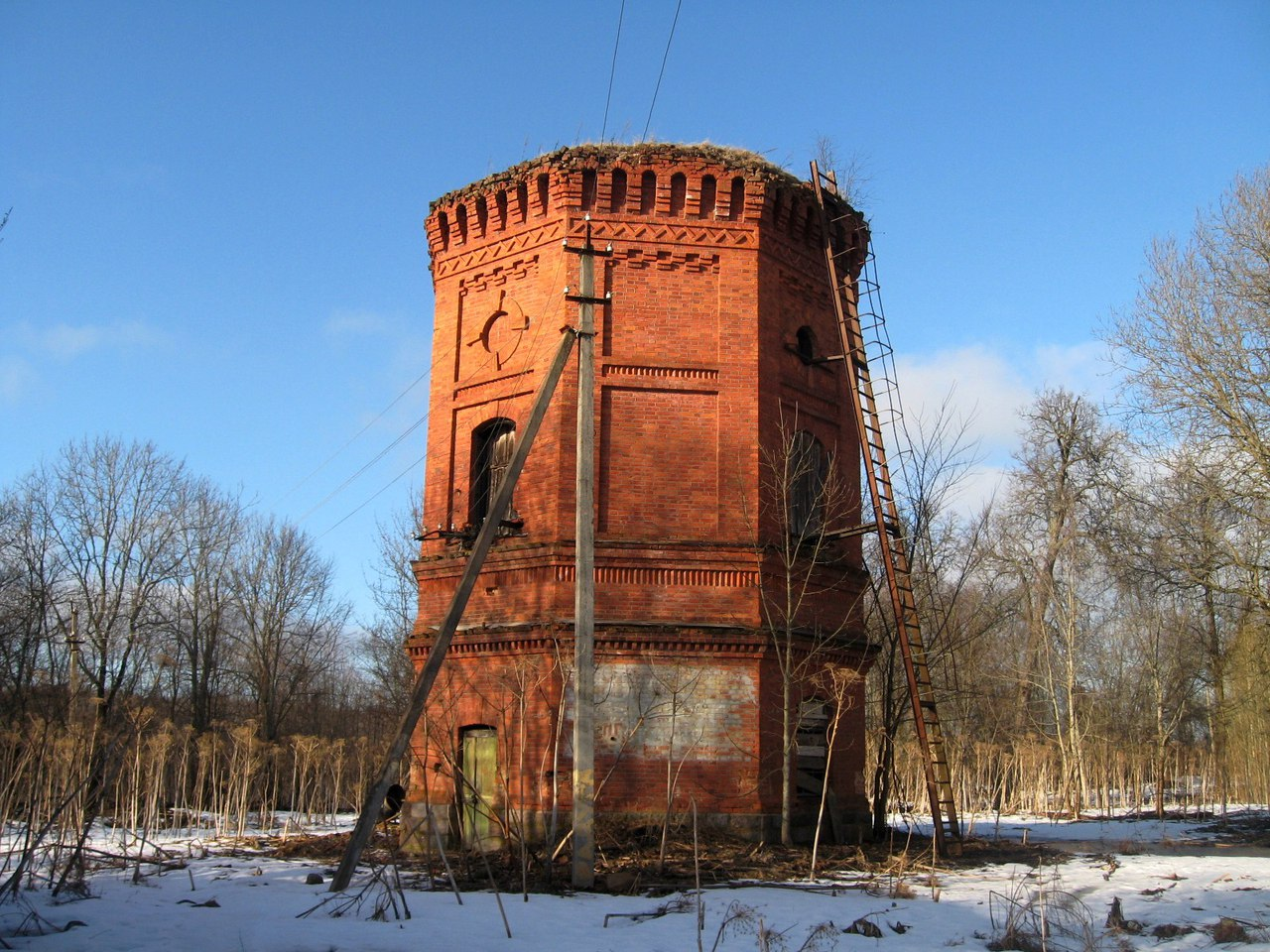 Manor Nadbelya.Luga district, Leningrad region. manors, here, very, remains, brick, wall, ancient, such, sometimes, boulders, manor, representative, built, good, something, contagious, everything, Now, climbed, others