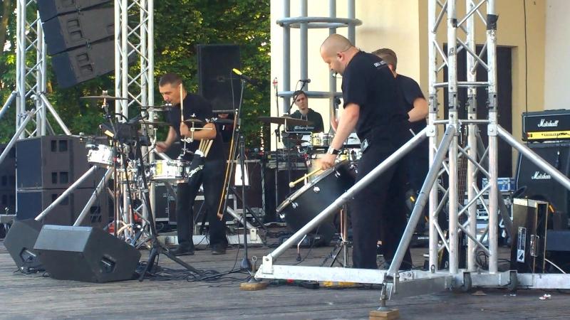 Динамо-Брест Рок-Фест в парке 1 мая группа Drum Ecstasy