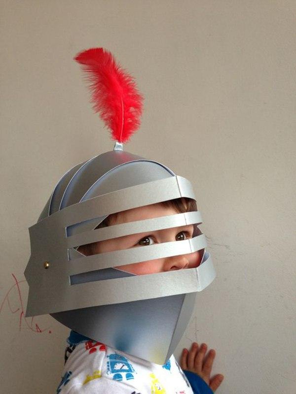 Шлем рыцаря из бумаги