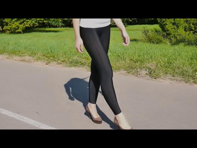 v-legginsah-devushki-video
