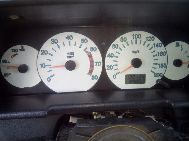 Продам ваз2110.2001 год.16 кл.пробег 130000.мотор идеально работает.хо