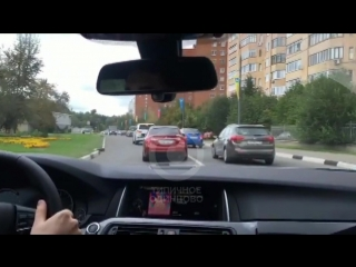 Одинцовские богатые детки нарушают правила на Ново-Спортивной улице