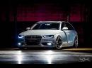 Audi A4 Avant Branca nas rodas aro 20, tala 10.5 KeepCars