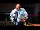 Шеф-повар Фабрицио Фатуччи готовит ризотто со свеклой в мультиварке