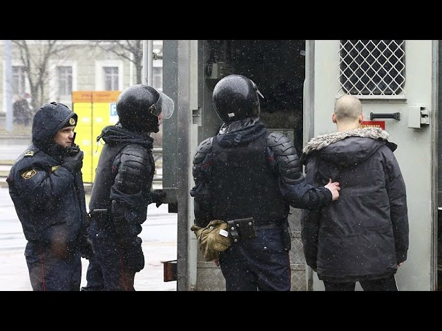 Мянчук прапануе звольніць палову міліцыянтаў: Яны не думаюць галавою