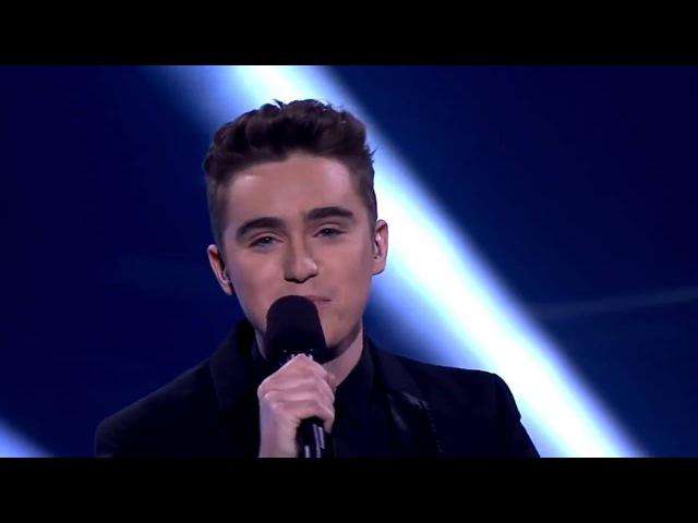 парень божественно поет! самый красивый голос Австралии!