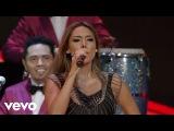 La Sonora Dinamita - A Mover La Colita ft. Maril