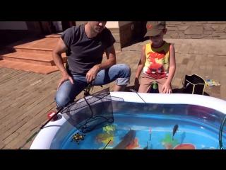 Катя и макс рыбалка на карася