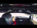 This #Porsche 911 storms around an ice track.