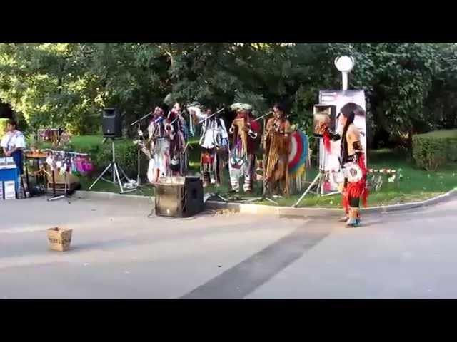 Эквадорские индейцы в Москве 2 Группа Camuendo Marka Inti Taki