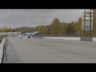 Volvo Trucks - Железный рыцарь против Volvo S60 Polestar