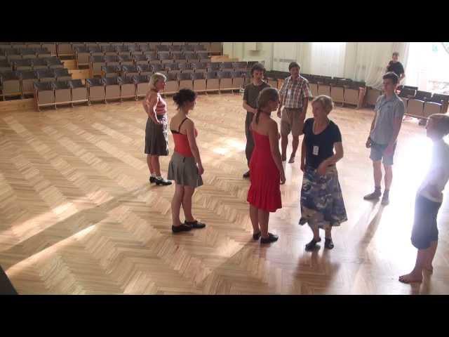 Garais grīslis Skotu dejas XII Starptautiskā Danču nometne Vaidavā 9 08 2013 00107