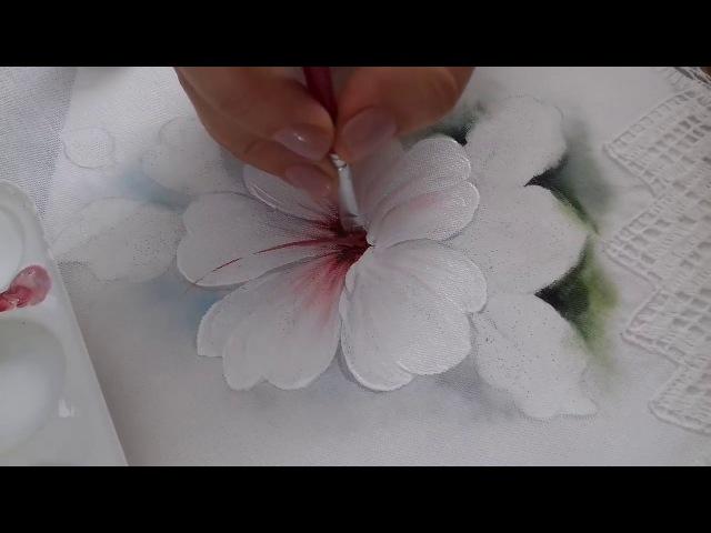 Pintura em Tecido. Aprenda pintar Hibisco Branco, Botão, Folhas e Fundo.
