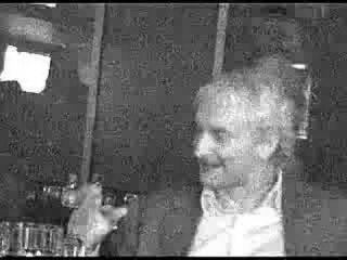 Руди Фёллер пьет водку в минском клубе под Лепса