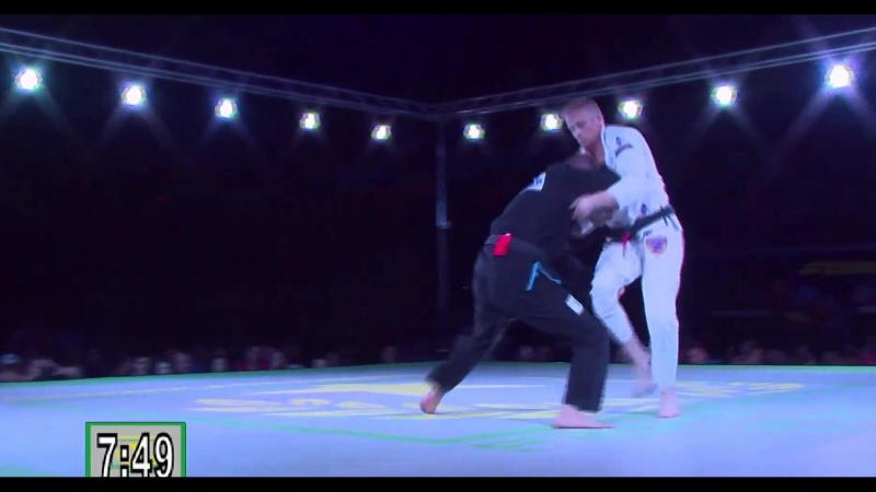Seth Norman vs Chris Hoddy Fight to Win Pro 11бжж_какпоучебнику