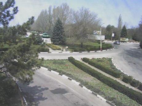 В Армянске установили новое освещение центрального автомобильного кольца