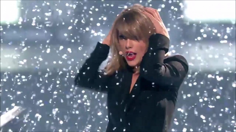 Taylor Swift - Blank Space (Live at Brit Awards 2015)