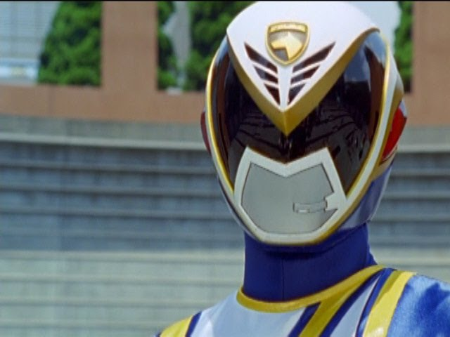 Power Rangers S.P.D. - Omega Ranger First Scene and Battle (Messenger Episode).