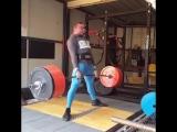 Манлет Моррисон, тяга 345 кг на 2 раза