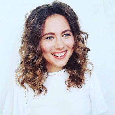 Юлия Шешукова