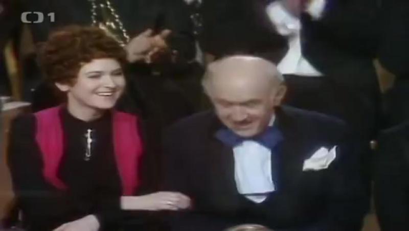 Silvestr 1977 - Rozhovor Funése s...