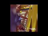 Деревянный Теремок желтый. Малыш 1,2 года учится лазать по шведской стенке