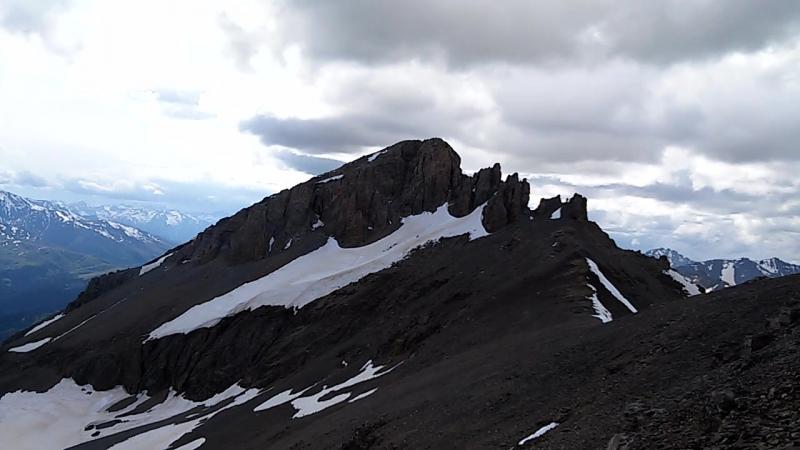 Хребет Абишира-Ахуба.