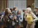 Иннокентий Смоктуновский танцует под фанк - x/ф Дочки-матери 1974 г.