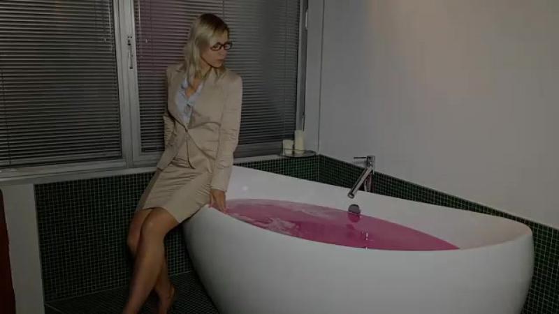 The office ladies pink slime bath