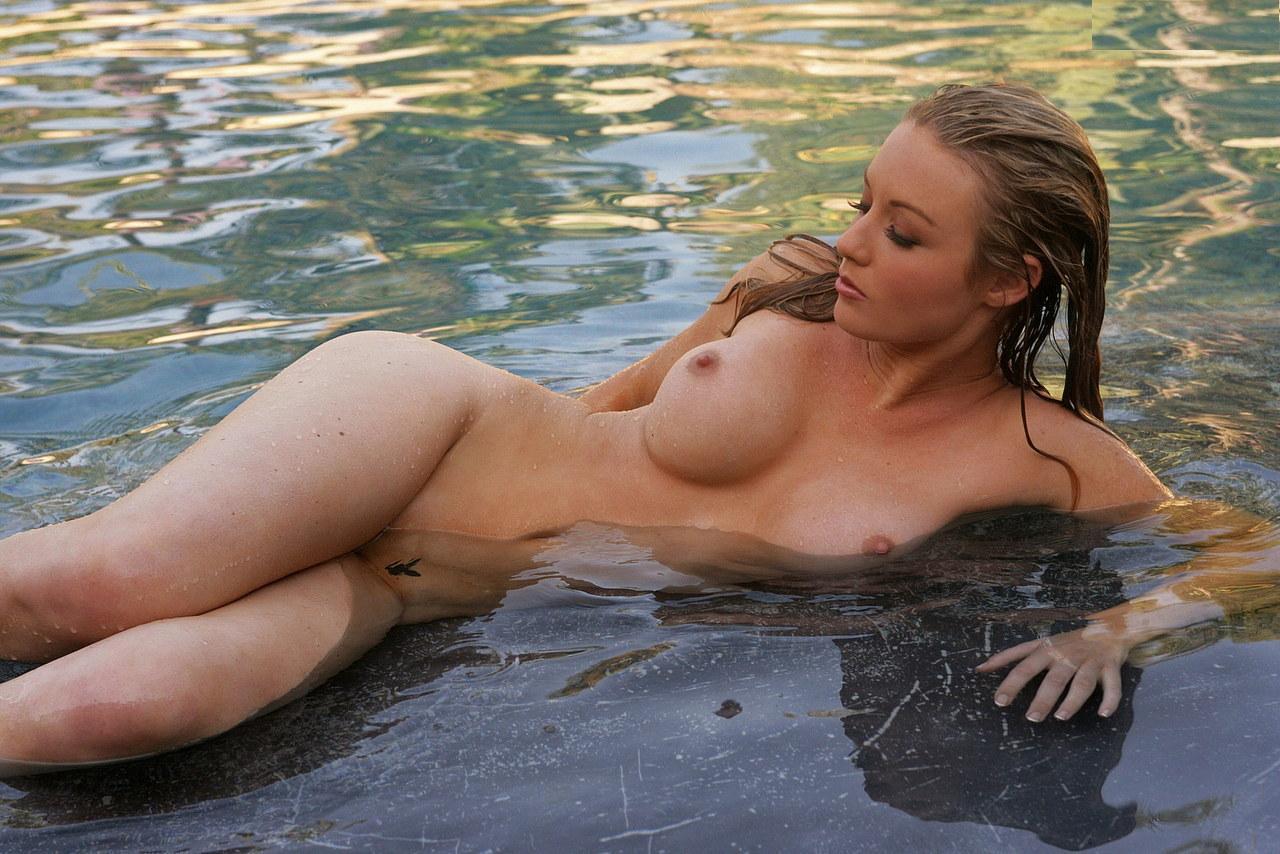 Amateur mature wife big bouncing tits