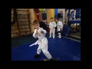 Бойцы. Все дети талантливы. Просто каждый талант требует внимания. Fight Club MaximuS, Киев.