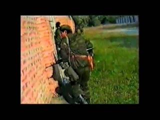 Baja Mali Knindza - Moj je tata zločinac iz rata