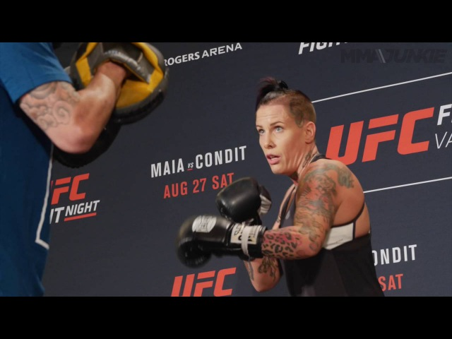 Bec Rawlings UFC on FOX 21 open workout archive - raw footage