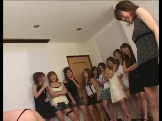 Japanise girls spank 2