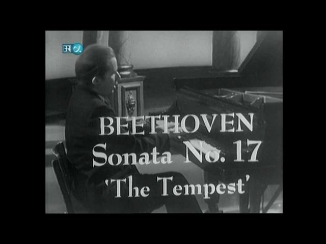 Glenn Gould-Beethoven-Sonata No.17-The Tempest-part 1 of 3 (HD)