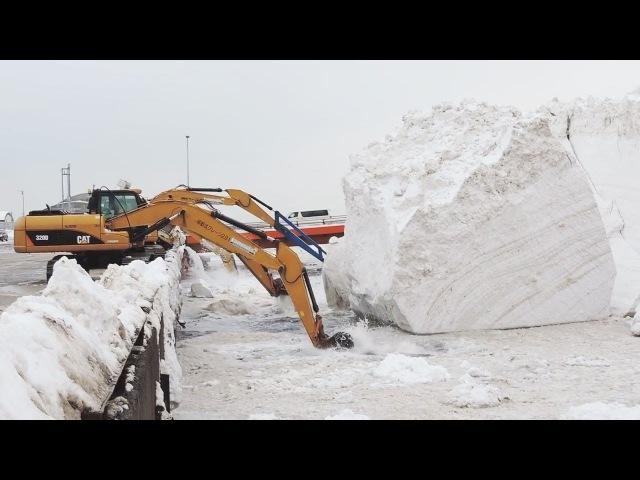 Unusual Japan Snow Removal Mega Machines: Grader, Truck, Loader, Bulldozer, Excavator in the Water