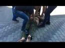 Ты против своих граждан воевал, пид@р. Охрана ТЦ в Днепропетровске поставила на место оборзевшего АТОшника.
