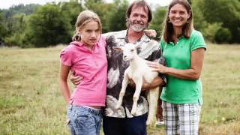 Пара Удочерила 9-летнюю Сироту. Родители В Ужасе Когда Узнали Правду.