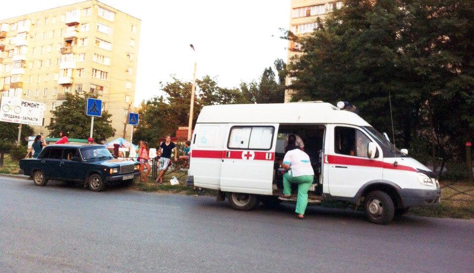 В Таганроге напротив «Иванки» сбили женщину на пешеходном переходе