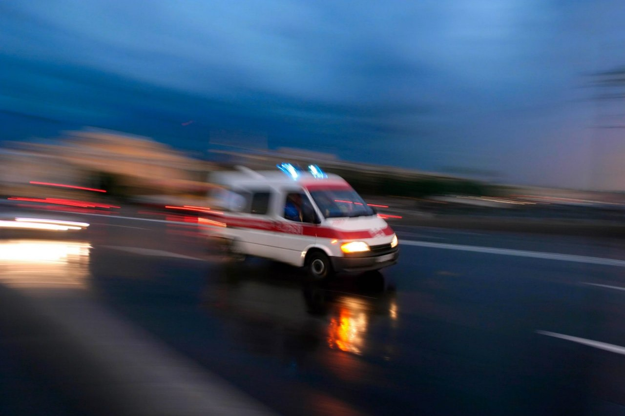 На трассе «Ростов-Таганрог» 17-летний мотоциклист спровоцировал тройное ДТП