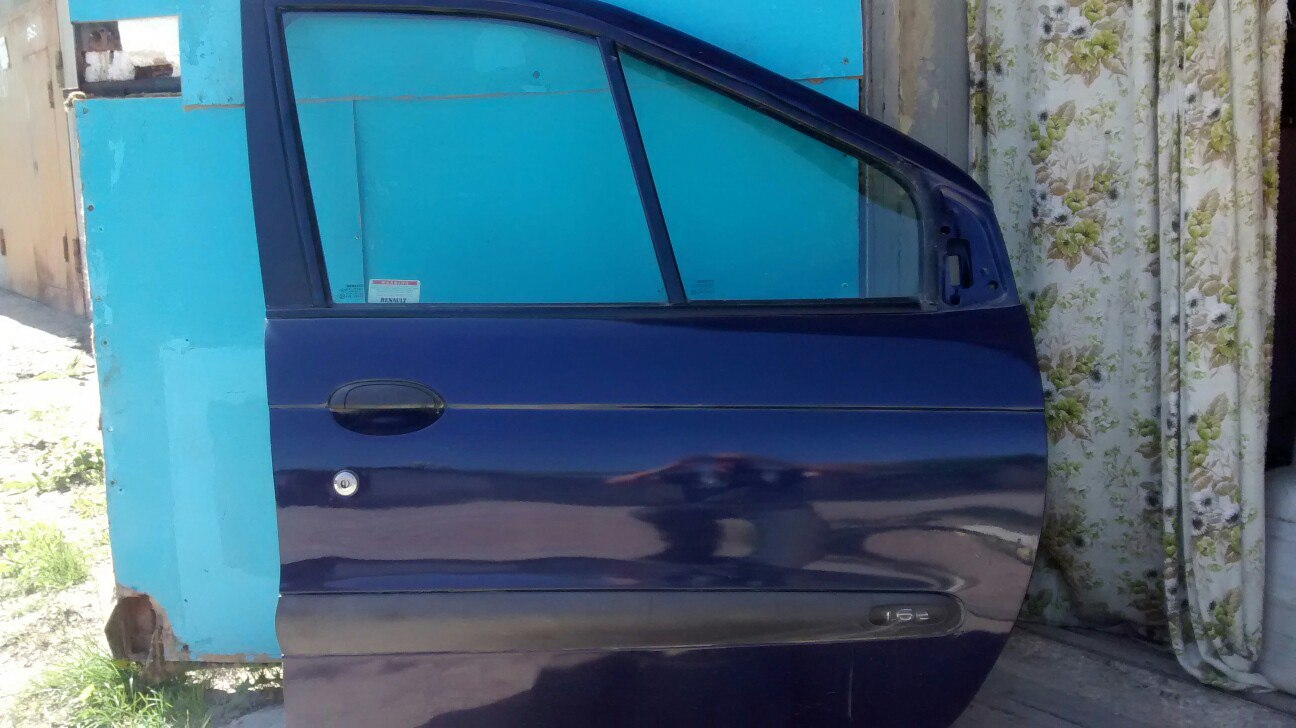 Разборка Рено сциник бензин 1999г.Тел77821966
