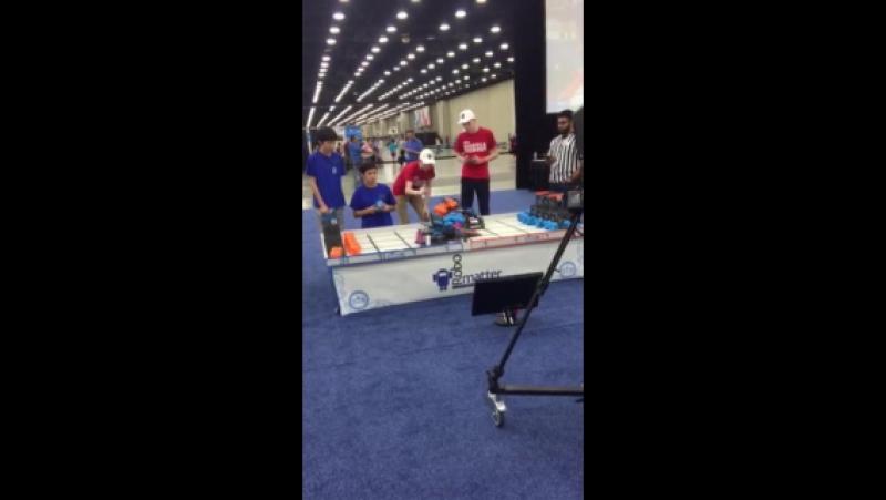 Сургутские школьники на Всемирных соревнованиях по робототехнике VEX Robotics World Championships