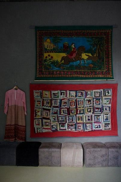 В центре культуры Красный угол до конца лета работает выставка «Ковры