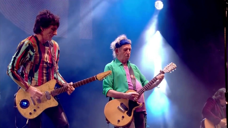 The Rolling Stones - (I Cant Get No) Satisfaction - Glastonbury 2013 (HD)