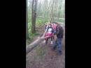 Ржевский лесопарк. Детки на лесной качельке