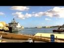 Десантный корабль Нидерландов HNLMS ROTTERDAM L800 своим ходом покинул Валлетт Недоверчивые буксиры шли по пятам 13 11 2016