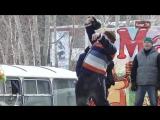 Масленичные гуляния г.Асбест 25.02. 2017 гиря 24 кг. 70 повторов.
